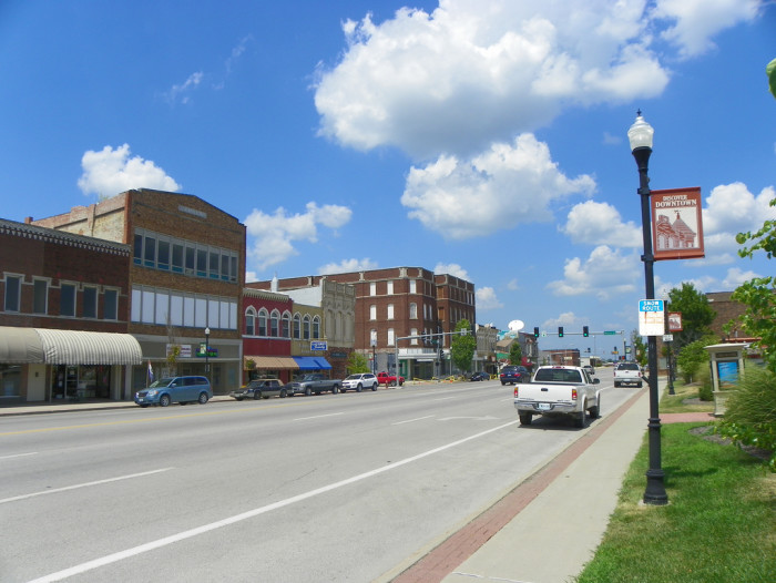 14.	Chillicothe, Population 9,318