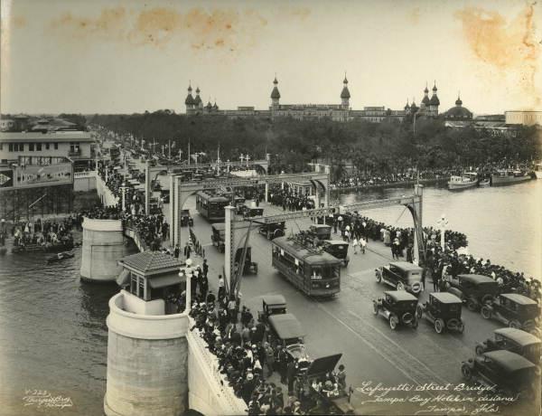 Crowds on Lafayette Street Bridge -Tampa
