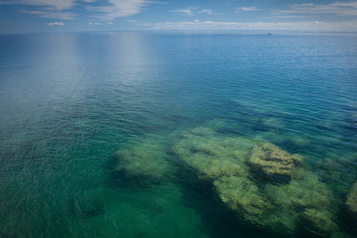 8. There's a quiet SNA on the North Shore where the pebbles make magical noises and you can stare at the beautiful reefs under the lake's surface.