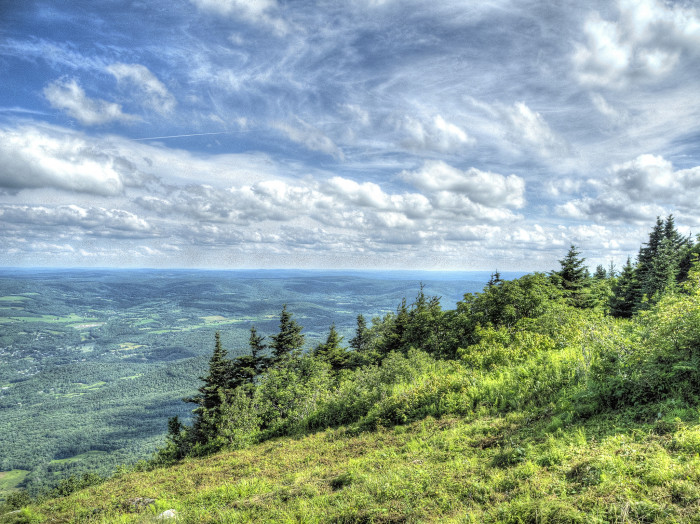 3. If stunning landscapes and sweeping mountain scenes are what you're after, you can't beat the view from the summit of Mt. Greylock.