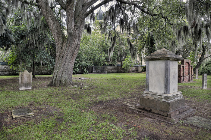 1. Colonial Park Cemetery—201 Abercorn St, Savannah, GA 31401