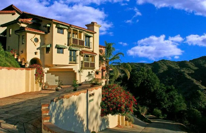 9. Topanga Canyon Inn Bed and Breakfast