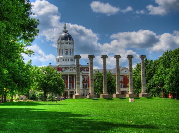 15.Columns at the University of Missouri, Columbia