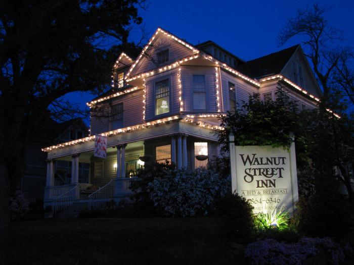 15.Walnut Street Inn, Springfield