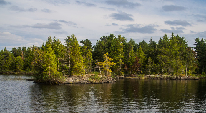 There are over 500 islands within the park's 200,000 plus acres.