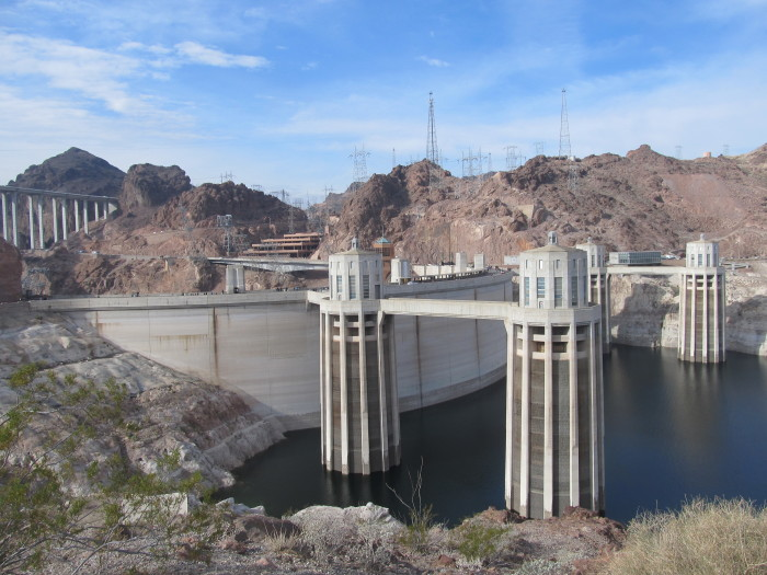 What Materials Were Used To Build The Hoover Dam