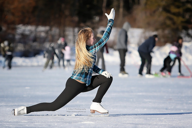 girl iceskating