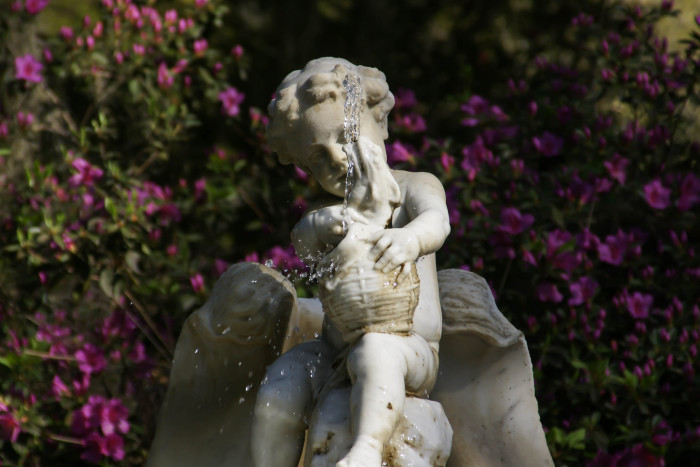 There are eight white marble Italian sculptures that accent the gardens, which are close approximations of the original 12 sculptures the Turnbulls installed in 1851.