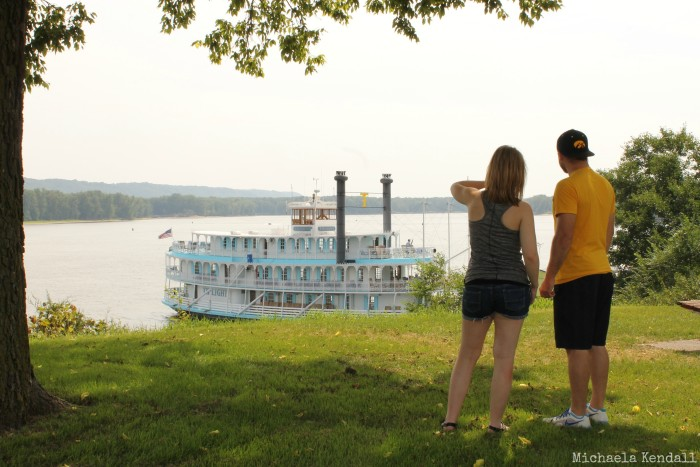 Two day cruises on the Riverboat Twilight begin as early as May 29, and day cruises begin on September 2. Cruises run until the end of October.