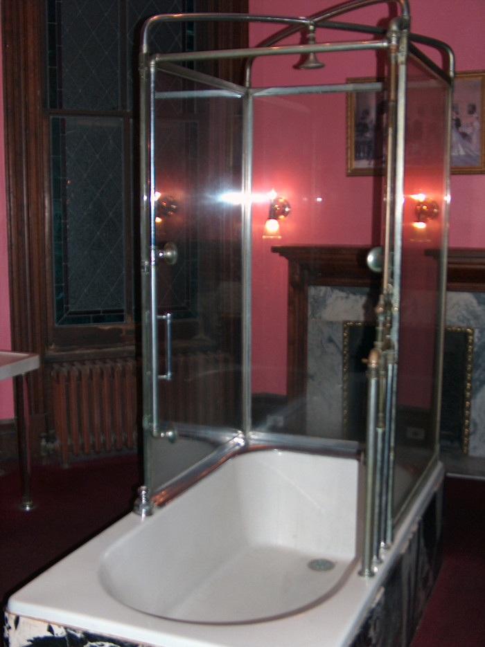 19. Shower, Lemp Mansion