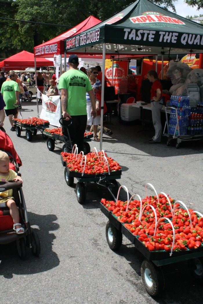 5. Stop for something sweet at the Ashland Strawberry Faire
