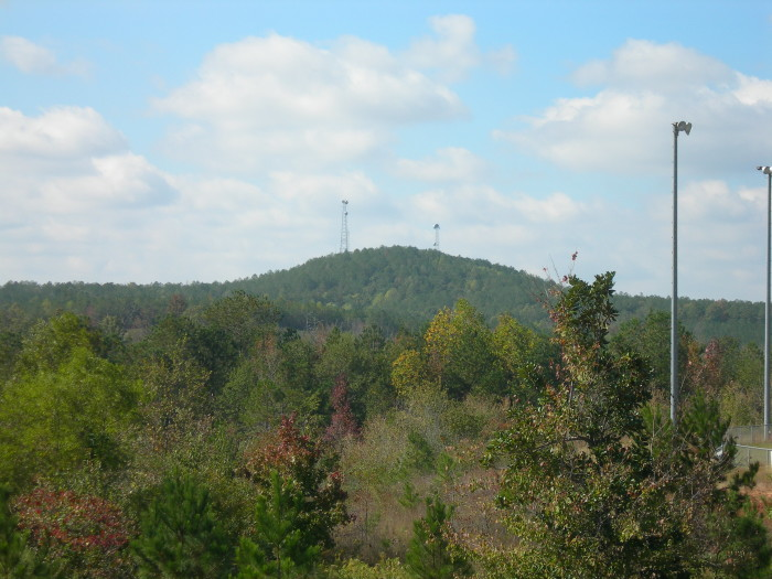 2. Mississippi's Woodall Mountain stands at 806 feet tall. If you went (approximately) that distance in the opposite direction, you'd reach the deepest point of Lake Ontario.