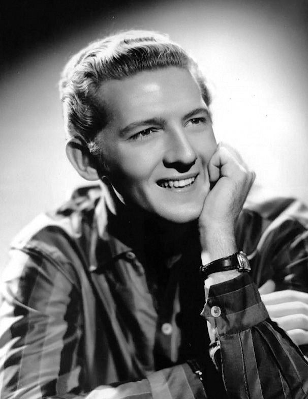2. In a 2012 article in Rolling Stone, writer Alex Belth claimed that Jerry Lee Lewis was responsible for the death of his wife and that Mississippi authorities aided the famous musician in covering up the crime.