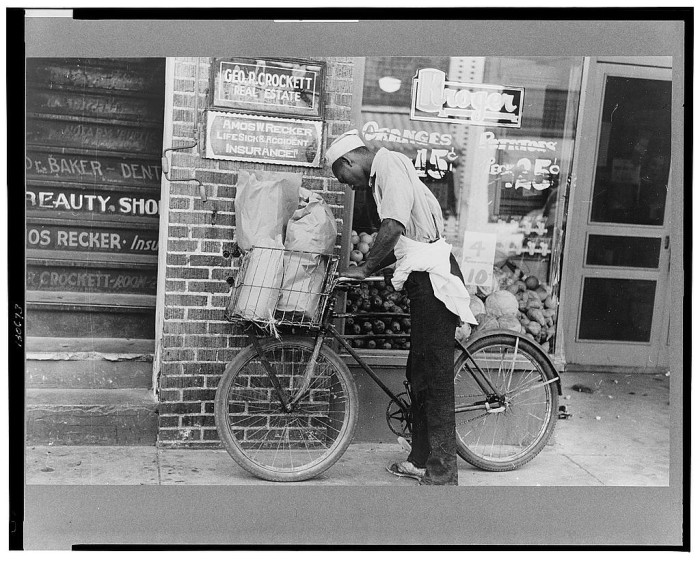 20.	A delivery boy in Caruthersville, August 1938.