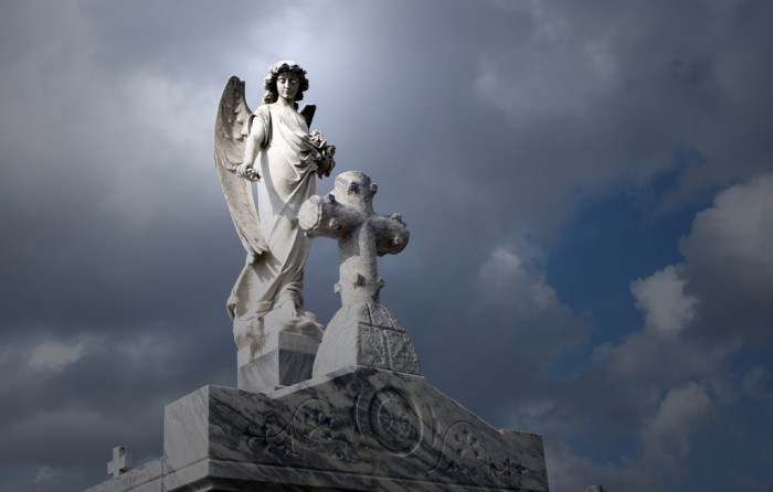 15) Walk Around Metairie Cemetery