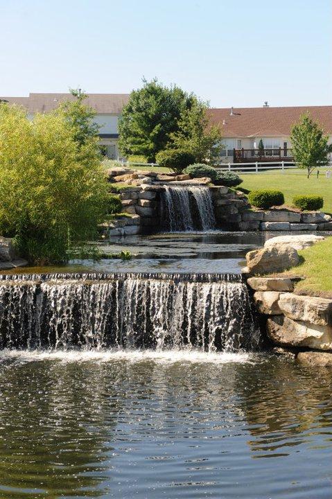 3.Falls Recreation Center Waterfall, O'Fallon