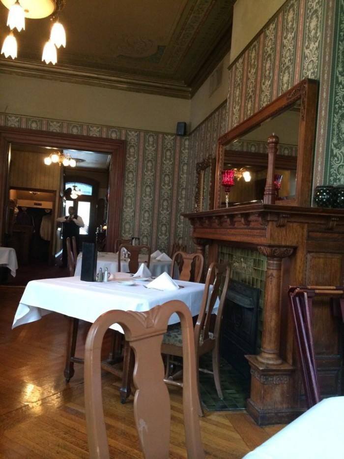 3.2. Lemp Mansion Restaurant, St. Louis