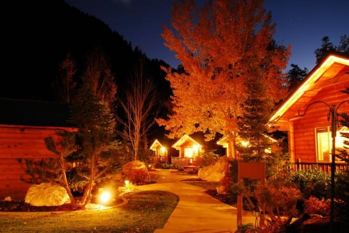 2. Alaskan Inn