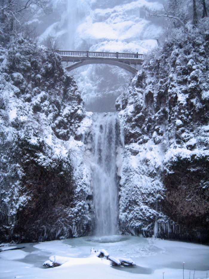 The frozen falls are a winter wonderland.