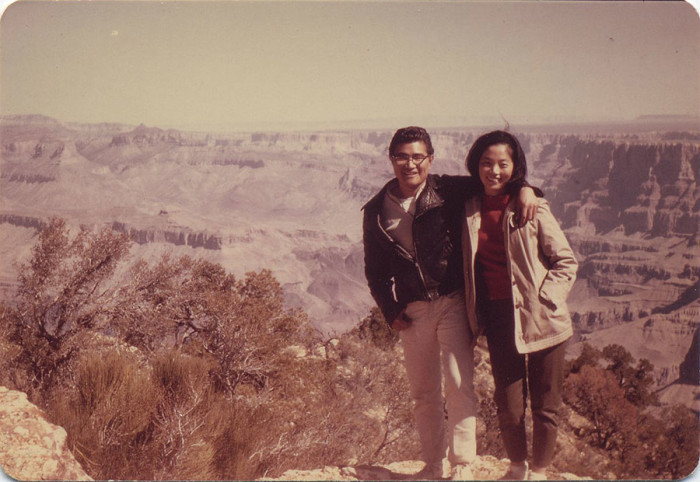 4. Here's another photo at what looks to be the Grand Canyon. They look stylish!
