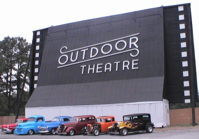 4. Raleigh Road Outdoor Theatre