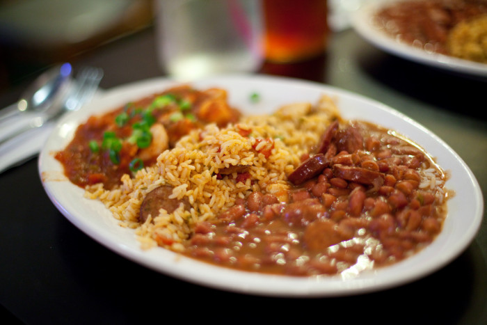 8) Cajun and Creole food are the same thing.