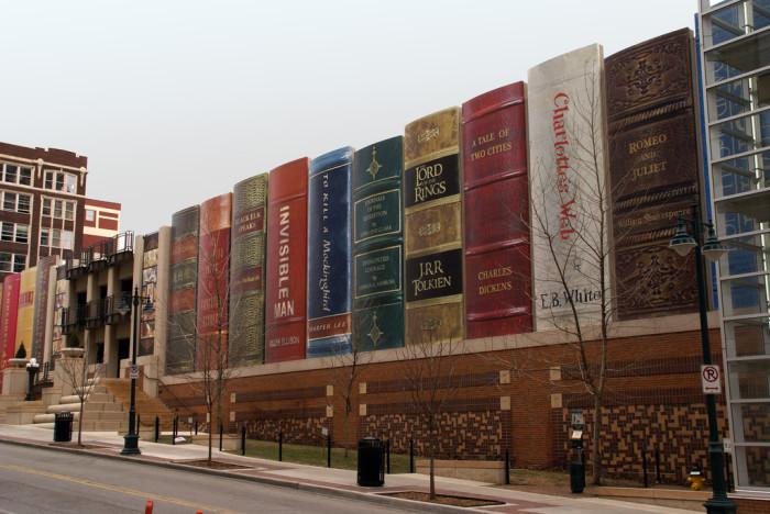 14.The Community Bookshelf, Kansas City