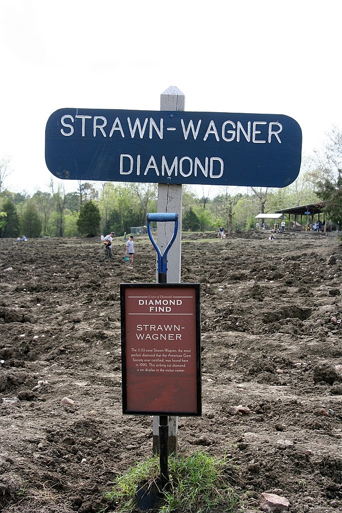 """3. The only working diamond mine in the United States is Crater of Diamonds State Park. In 1990, a woman named Shirley Strawn found a three karat diamond, which, under park rules, she got to keep. The diamond was later certified as """"perfect."""""""
