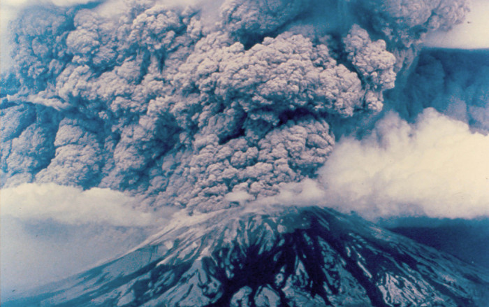 the eruption of mt st helens the worst natural disaster in the history of the us History mount st helens and the worst volcano eruption in us history in 1980, a major volcanic eruption occurred at mount st helens, a volcano located in state of washington, in the united states.