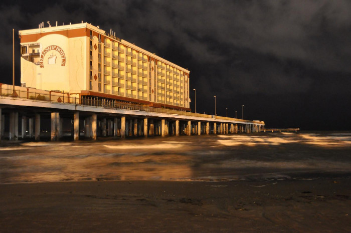 10. The Flagship Hotel was the only hotel in the USA built entirely over water.