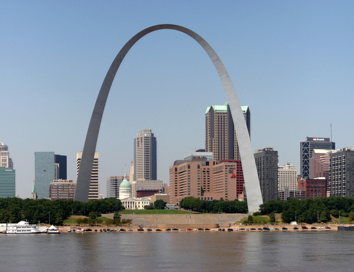 5.The Gateway Arch, Jefferson National Expansion Memorial