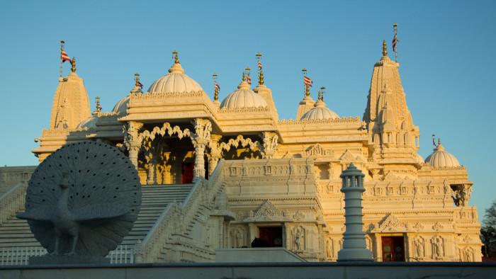 3. Lilburn Temple (BAPS Shri Swaminarayan Mandir)—460 Rockbridge Rd NW, Lilburn, GA 30047