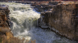 Everyone In Idaho Must Visit This Epic Waterfall As Soon As Possible