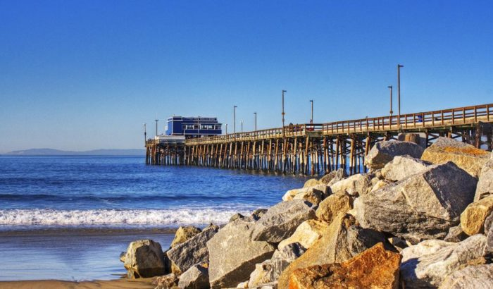 3. The gorgeous piers along the coast of Southern California