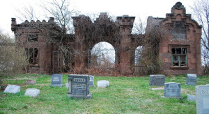 This Creepy Abandoned Cemetery In Pennsylvania Will Give You Nightmares
