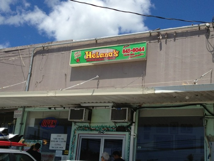 6. Helena's Hawaiian Food
