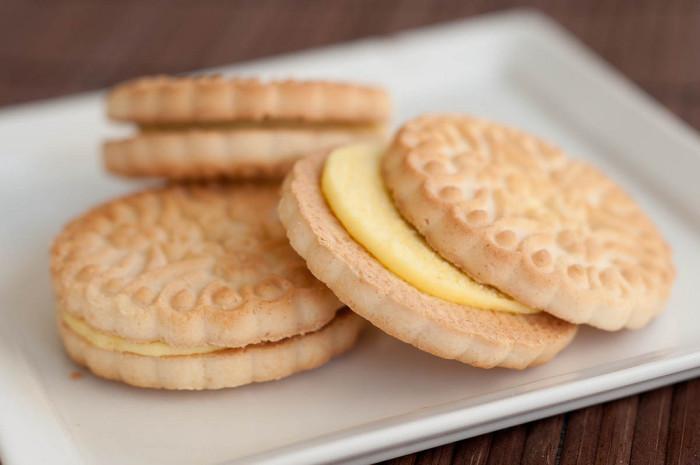 2. Free cookies...