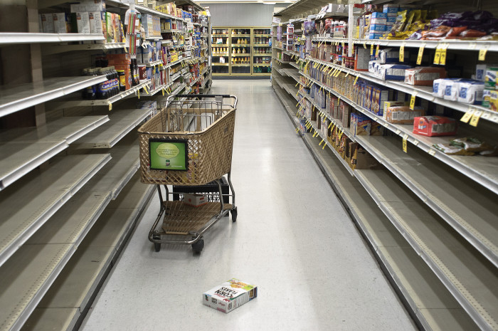 7. You laugh at those people who run out and stock up on supplies when there's a little snow in the forecast.