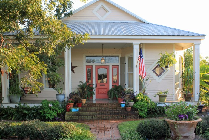 the 10 best bed and breakfasts in mississippi. Black Bedroom Furniture Sets. Home Design Ideas