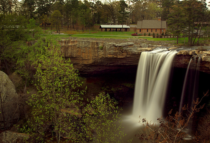 9. When it comes to waterfalls, you'll have a hard time finding any that are as beautiful as the ones here in Alabama. Pictured: Noccalula Falls