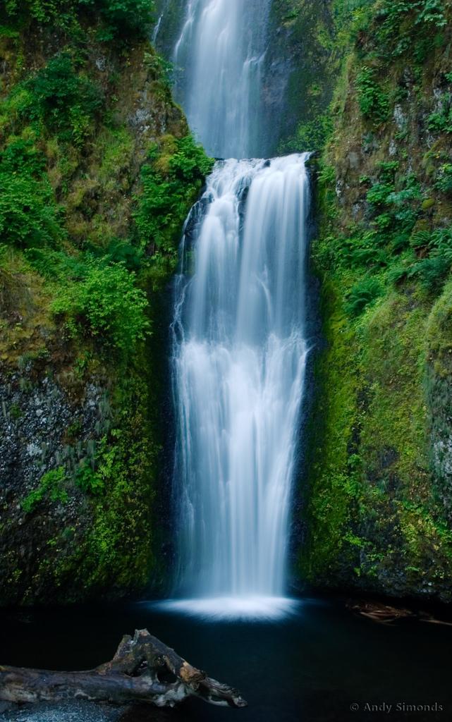 The cascading water looks like a fairytale.