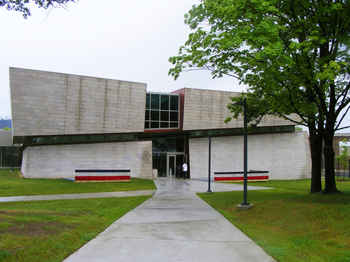 2. National Museum of Health And Medicine