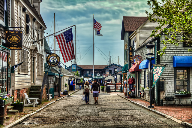 15. This amazing photo of downtown Newport is unbelievable.