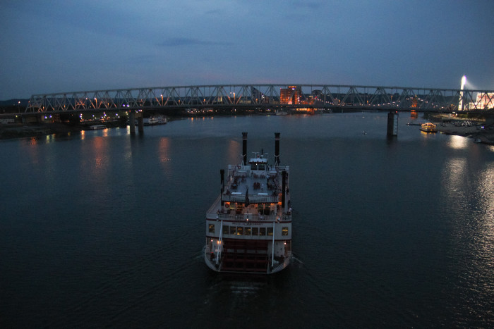 7. Board a riverboat dinner cruise.
