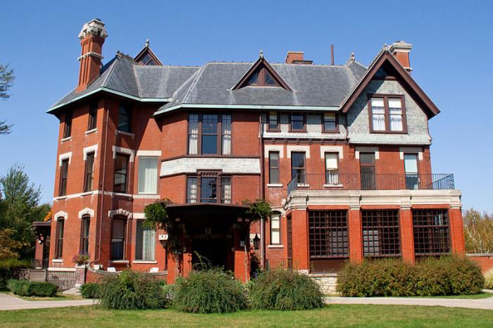 5 Brucemore Mansion, Cedar Rapids
