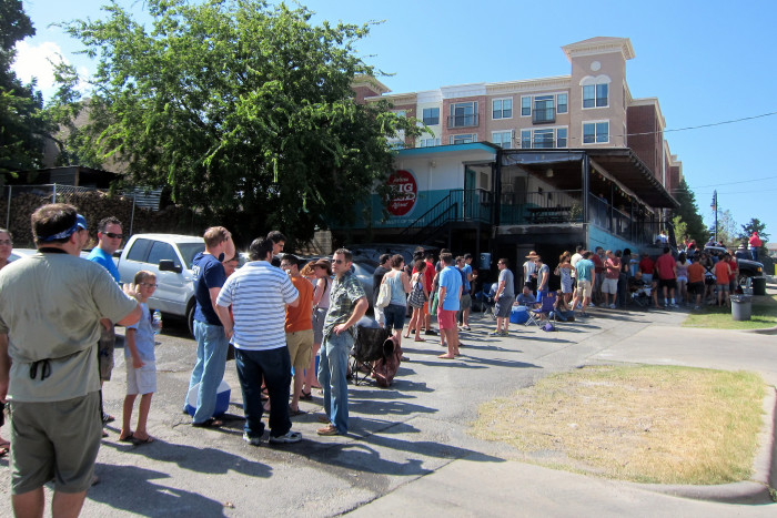 10. You're more than willing to wait in a three hour line in the sweltering heat for some good barbecue.
