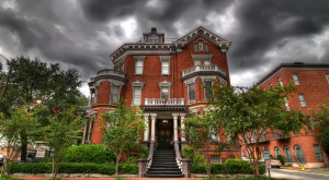 10 Truly Terrifying Ghost Stories That Prove Savannah Is The Most Haunted City In Georgia