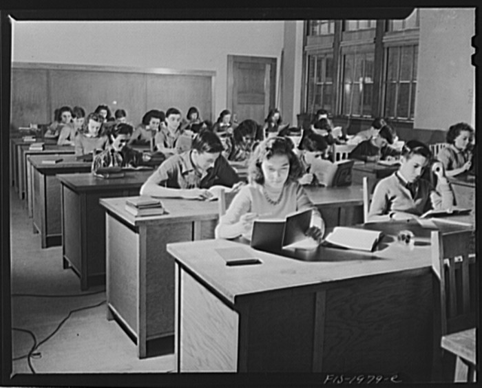 17. Manuel Marcio's daughter attending business class in high school in New Bedford. (1942)