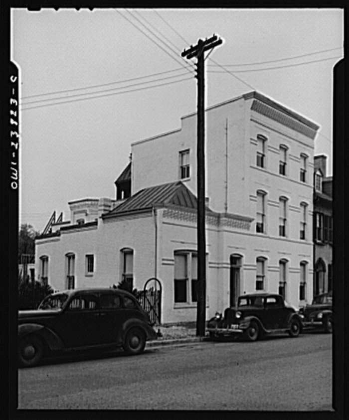 14 Vintage Photos Of Virginia Cities In The 1940s