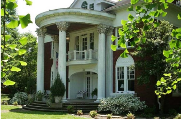 9. The Columns of Tunica Bed and Breakfast, Tunica